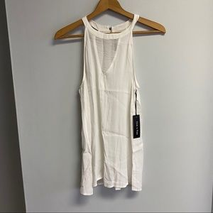 NWT BOUTIQUE WHITE TOP - SMALL/MEDIUM